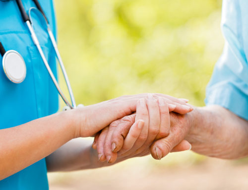Triomfkliniek en Operation Healing Hands werk saam